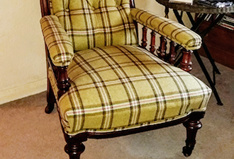 Edwardian Button-backed Chair